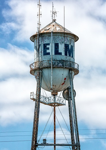 https://yelm.com/wp-content/uploads/2019/10/Yelm-Water-Tower_RorySagnerPhotography-1.jpg
